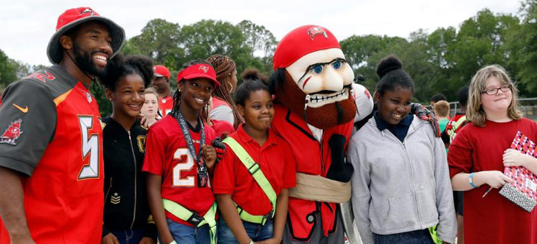 Image for Bucs Gift Bing New Equipment for Play 60 Win
